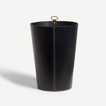 Eyelet Bin in Black (Butt Stitch)